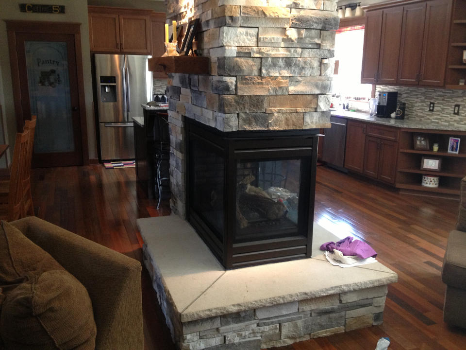Center Fireplace In New Home Tuscarawas Construction Ltd