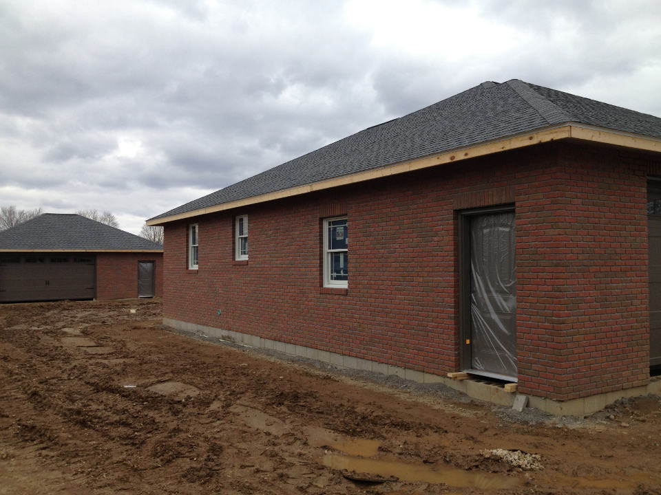 New brick home tuscarawas construction ltd for New brick homes